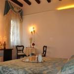 Frari Venice Apartment (4)