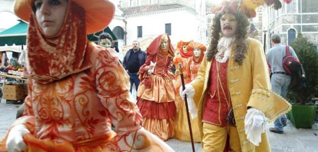 Carnival of Venice: Getting Ready for Carnevale